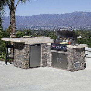 Outdoor Kitchens- Outdoor Kichen With Built-in Grill And Island Bar